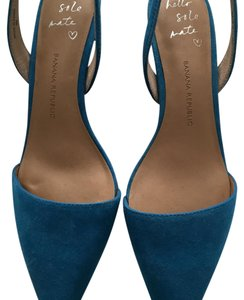 Banana Republic Blue Pumps