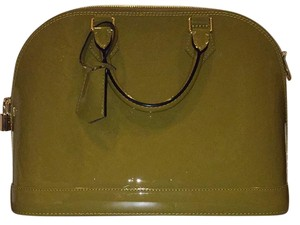 Louis Vuitton Satchel in taupe/green