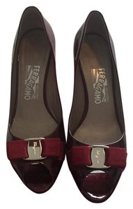 Salvatore Ferragamo oxblood Pumps