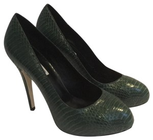 KATHRYN AMBERLEIGH Snakeskin Leather Hunter Green Pumps