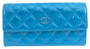 Chanel #9901 CC Rare blue patent leather quilted flap wallet