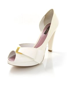 Louis Vuitton Lv Lv Peep-toe Ivory Pumps