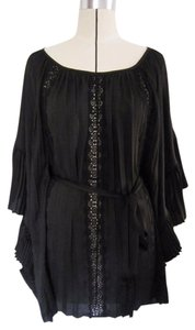BCBGMAXAZRIA Pleated Lace Trim Satin Top BLACK