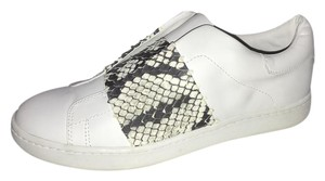 Vince Leather white with snake Flats