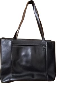Levenger Leather Tote in Black
