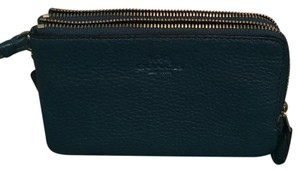Coach Wristlet in teal