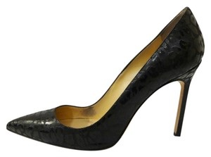 Manolo Blahnik Classic Leopard Animal Print Manolo Stiletto Black Pumps