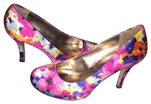 Madden Girl multi, floral Pumps