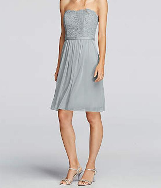 Item - Silver Fully Lined Lace and Mesh Short Scalloped Strapless F18094 Formal Bridesmaid/Mob Dress Size 4 (S)