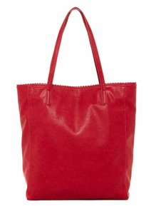 BCBGeneration Bcbg Travel Lightweight Vegan Tote in Red Rouge