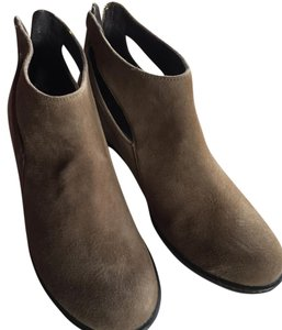 Dansko taupe Boots