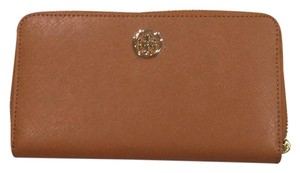 Tory Burch Robinson zip continental wallet luggage