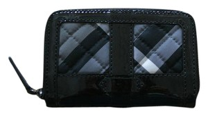 Burberry NWT BURBERRY BURNHAM CHECK PATENT LEATHER WALLET COIN CASE