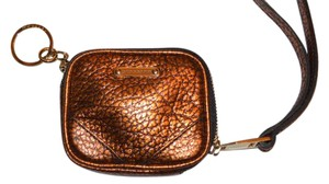 Burberry NWT BURBERRY $375 GRAINY LEATHER COIN CASE WITH KEYRING