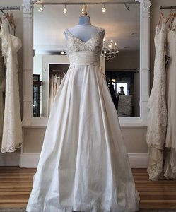Essense Of Australia D1210 Wedding Dress