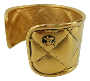 Chanel Gold Quilted Cambon Bangle 213285