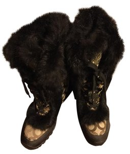 Coach Brown with fur trim Boots