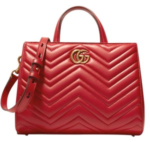 Gucci Gg Marmont Leather Tote in hibiscus red