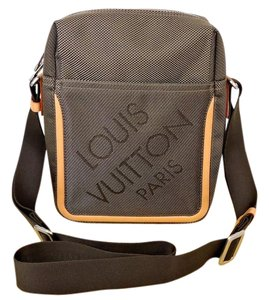 Louis Vuitton Lv Citadin Damier Geant Messenger Cross Body Bag