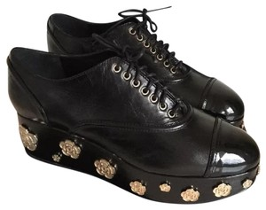 Chanel Camellia Lace Up Embellished Oxford Cap Toe Black Platforms