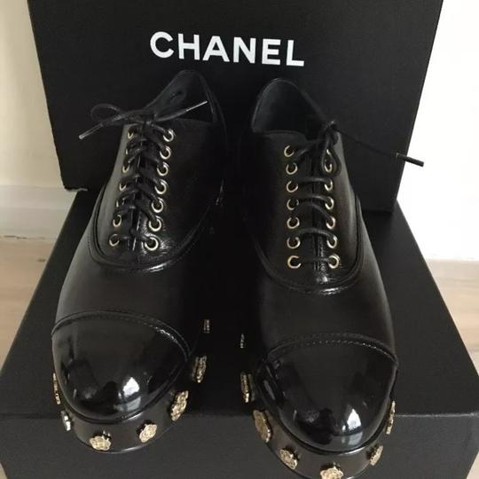 Chanel Camellia Lace Up Embellished Oxford Cap Toe Black Platforms Image 3
