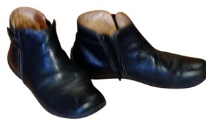 TravelSmith Supple Leather Black Boots