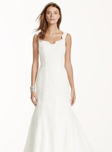 David's Bridal Lace Trumpet Wedding Dress V3643 Wedding Dress