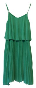 Alice + Olivia Summer Flowy Appropriate Spring Comfortable Dress