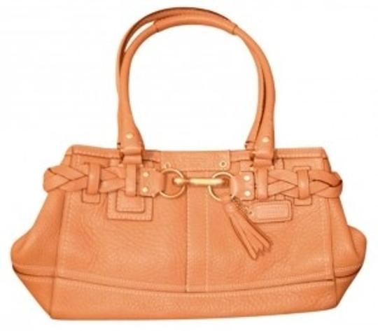 Preload https://item5.tradesy.com/images/coach-purse-tan-leather-shoulder-bag-20439-0-0.jpg?width=440&height=440