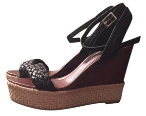 White House | Black Market Wedges