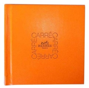 Hermès HERMES HOW 2 TIE SCARF ORANGE HARD COVER CARRE BOOK BOOKLET 1989