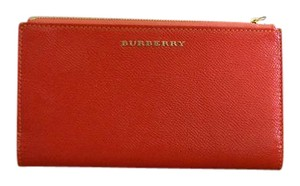 Burberry NWT BURBERRY WOMENS CONSTANTINE PATENT CONTINENTAL WALLET