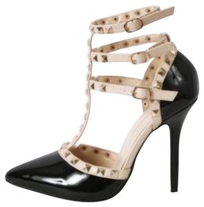 Hot Diva Black/Nude Pumps