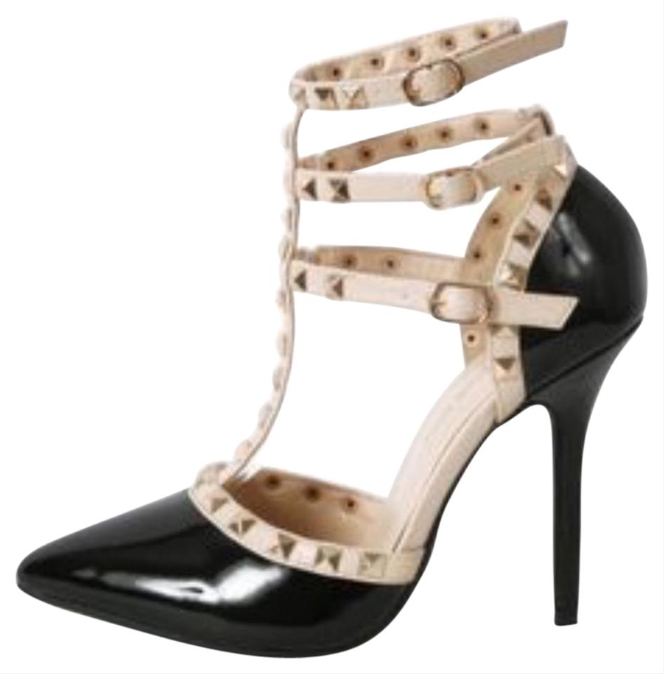 rockstuds black nude pumps 42 off 20441297 pumps on sale. Black Bedroom Furniture Sets. Home Design Ideas