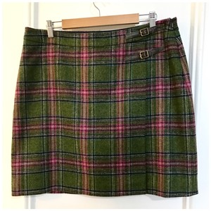 Boden Skirt do green with multi color plaid