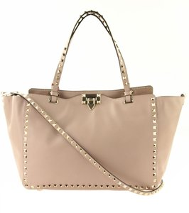 daf6e7e5002a Valentino Rockstud Smooth Leather Leather Tote in Pink