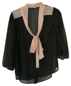 Lily White Button Up 3/4 Sleeve Top Black