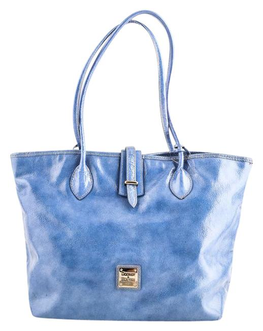 Item - Blue Patent Leather Tote