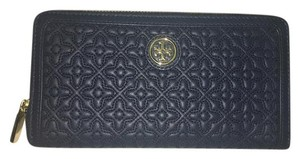 Tory Burch Nwt Tory Burch Bryant Zip Around Quilted Leather Continental Wallet