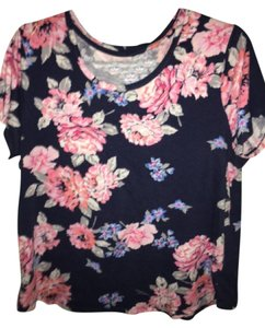 Old Navy T Shirt Navy w/ Floral pattern