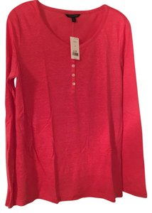 Banana Republic T Shirt pink