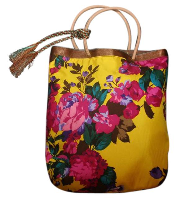 Item - Collection In Ratti Italian Candy Pink Hibiscus Silk Tote