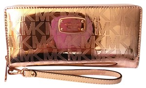 Michael Kors Michael Kors Large ROSE GOLD Wallet