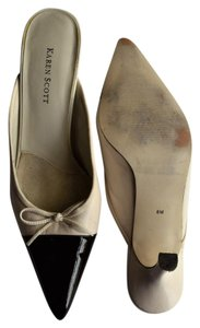 Karen Scott Heels Bow Patent Leather Leather Cream and Chocolate Mules