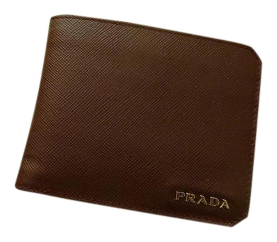 498add09732b ... spain prada prada 340 mens saffiano corner wallet 77a6c fd561 ...