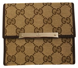 Gucci GUCCI Monogram Mini Flap French Wallet