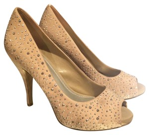Gianni Bini Beige Pumps