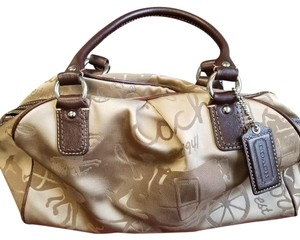 Coach Satchel in Beige/Brown
