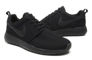 Nike Sneakerhead Rosherun Black Athletic