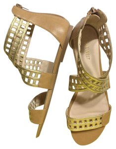 Nine West Gold & Tan Flats